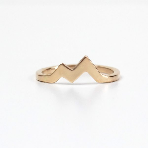 gold mountain ring front