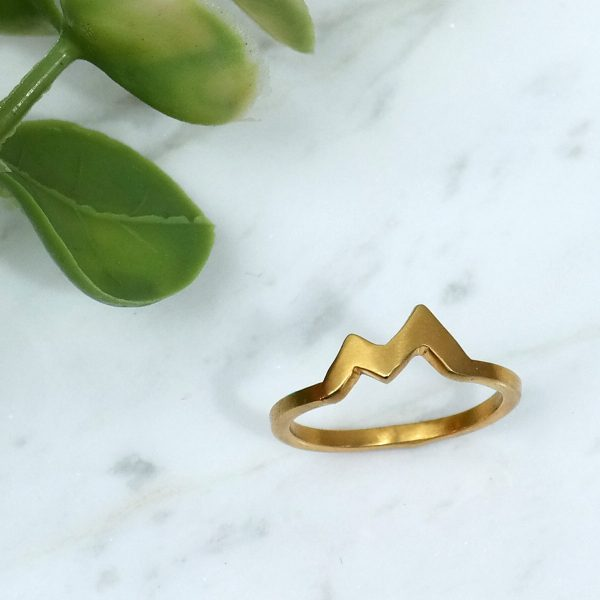 gold-marble-plant
