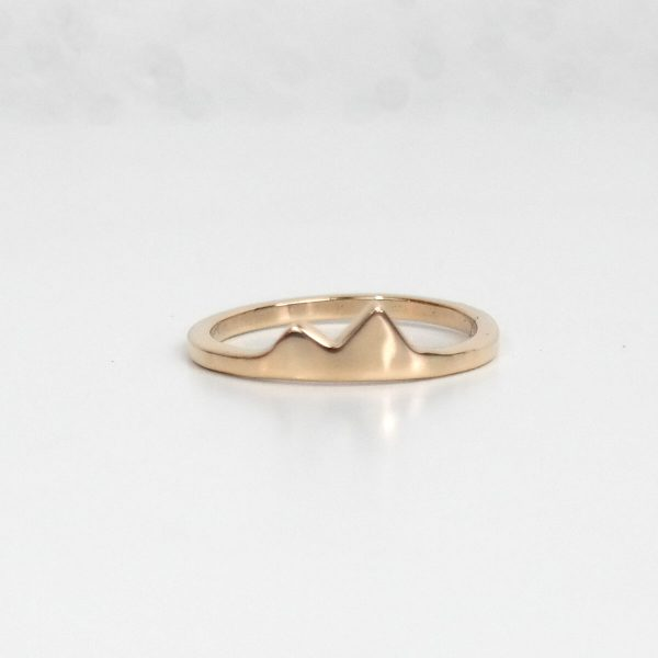 small gold mountain ring