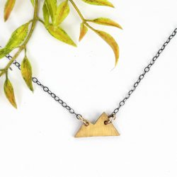 Small gold necklace